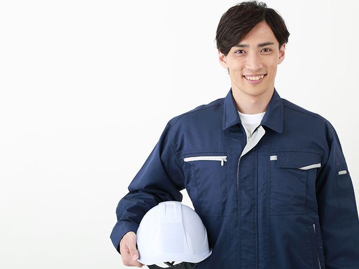 作業着姿の男性